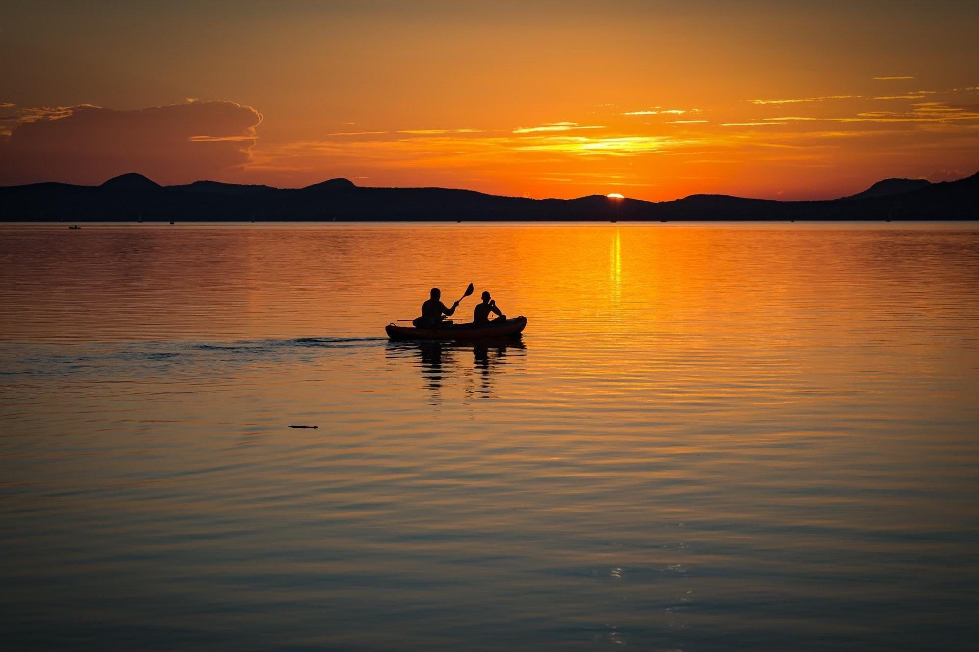 lake-balaton-sunset-lake-landscape-158045